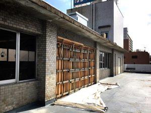 コンクリートの耐震壁を施工