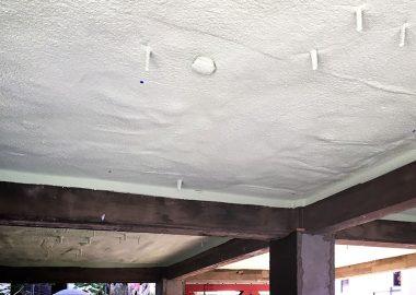 1階駐車場の天井部断熱
